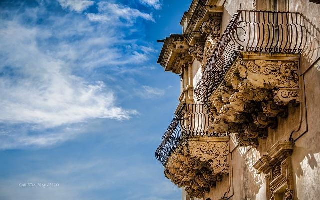Particolare balcone Noto